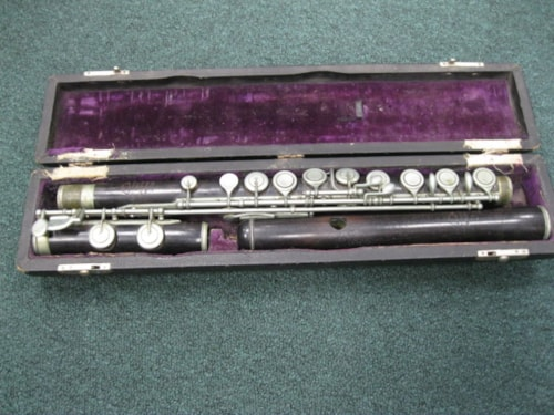 1910 E. Rittershausen Ebony flute Very Good, Hard