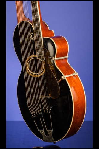 1915 Gibson Style 'U' Harp Guitar with 10 sub bass strings Black top over Mahogany, Excellent, Origi