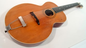 1918 Gibson L-1