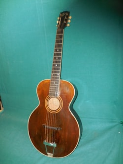 ~1920 gibson L1