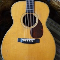 1930 Martin OM-28 (small pickguard and banjo tuners)