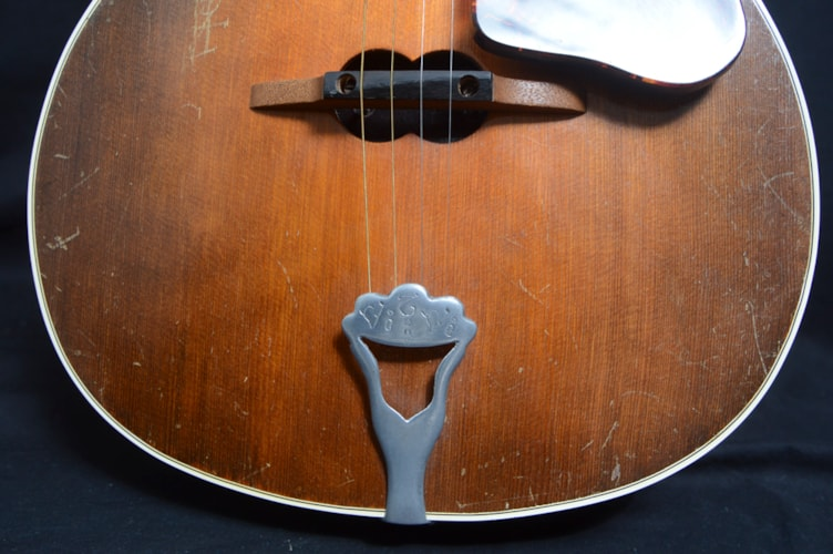 1933 Vivi-Tone Electric Tenor Guitar