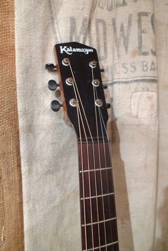 1935 Kalamazoo KG-14 Sunburst, Good, Hard