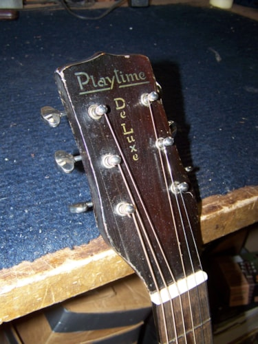 1937 Regal Playtime Deluxe burst, Very Good, Hard, $1,100.00