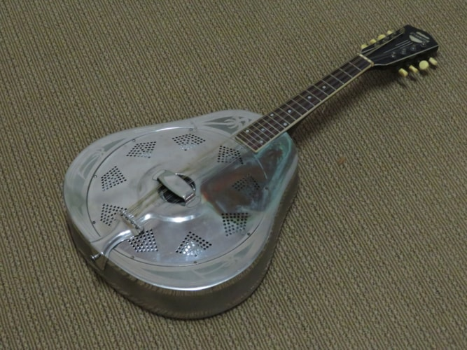 1938 National STYLE O MANDOLIN silver, Very Good, Original Hard, Call For Price!