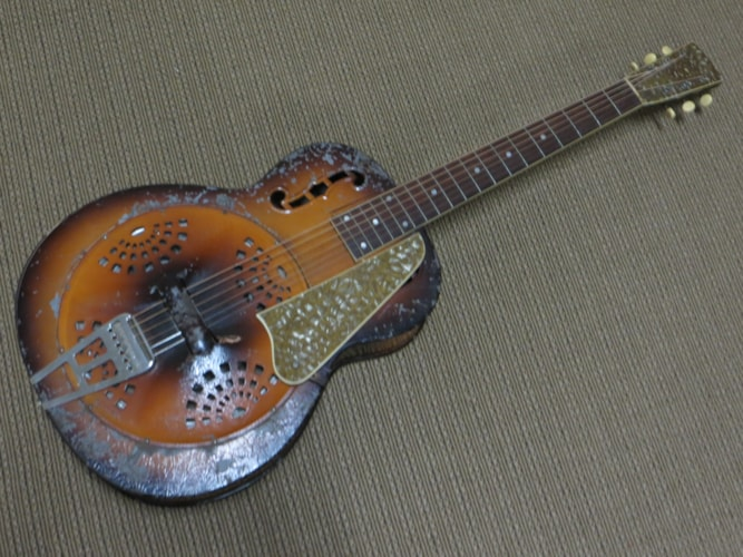 1939 Dobro 35 sunburst, Good, Soft, Call For Price!