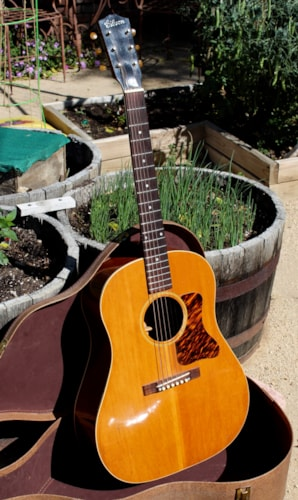 1939 Gibson J-35 Natural, Excellent, Soft