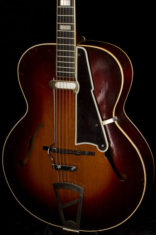 Dhl Customer Service Phone Number >> 1940 D'Angelico A-1 Sunburst > Guitars Archtop Electric ...