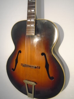 ~1940 Gibson L7