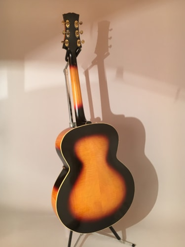 1941 Stromberg Deluxe Sunburst, Excellent, Original Hard