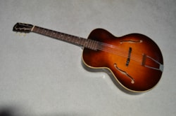 1943 Gibson L-50