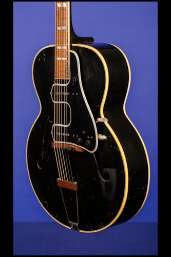 1945 Gibson L-7 'ED McCarty' Black, Excellent, Original Hard