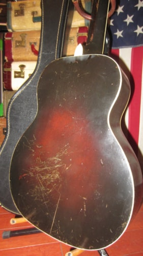 1945 Regal Radio Tone Small Bodied Flattop Acoustic Sunburst, Excellent, Soft, $795.00