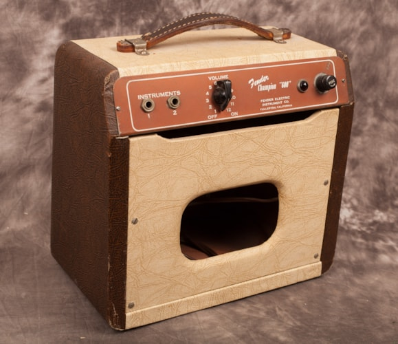 1950 Fender® Champion 600 Champ® Two Tone, Excellent,