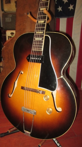 1950 Gibson ES-150 Hollowbody Archtop Electric Sunburst, Excellent, Original Hard, $2,995.00