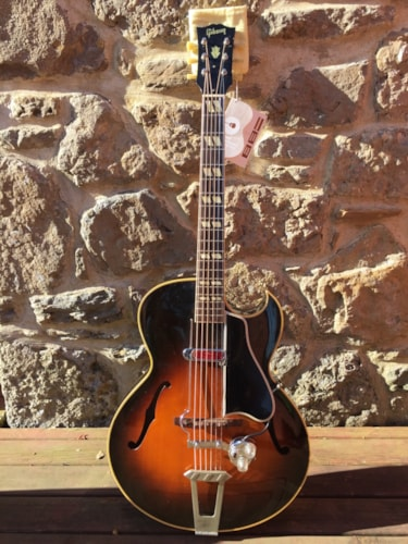 1951 Gibson L-4C Sunburst, Near Mint, Original Hard