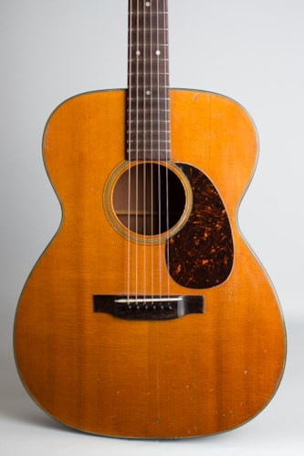 1952 C. F. Martin 000-18 natural lacquer Very Good Hard $3,850.00