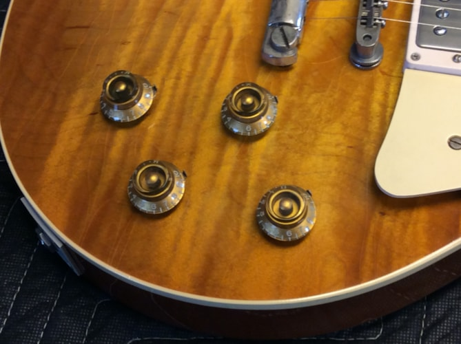 1953 1953 GIBSON  Les Paul Goldtop (53 - 59 PAF Burst Conversion) Very Good, Original Hard, $26,500.00