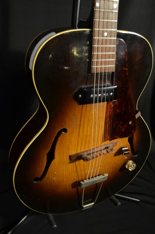 """What Stores Accept Paypal Credit >> 1953 Gibson """"Hyman"""" ES 125 Sunburst > Guitars Archtop ..."""