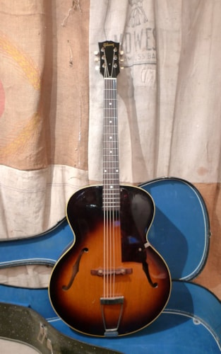 1954 Gibson L-48