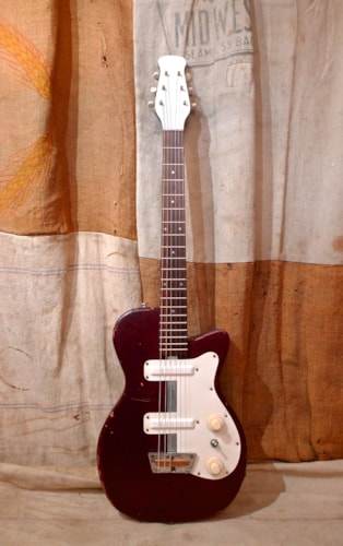 1954 Silvertone 1377 Maroon, Very Good, Soft