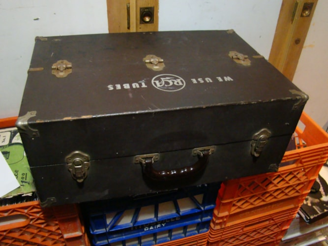 1955 RCA Tube Caddy