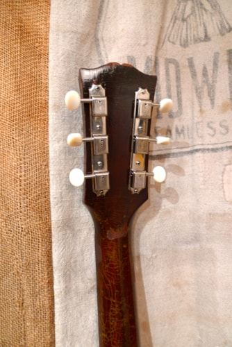 1956 Gibson ES-125 Sunburst, Very Good, Hard, $1,950.00