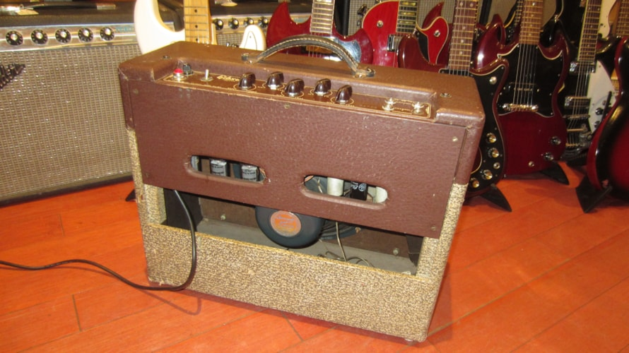 1956 Gibson GA-20 T Combo Amp w/ Tremolo Two Tone Brown, Excellent, $1,495.00