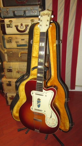 ~1956 Silvertone  Model 1382L Thin Twin Jimmy Reed Sunburst Clean and Nice Example