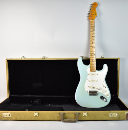 1957 Fender Stratocaster Sonic Blue, Very Good, Hard