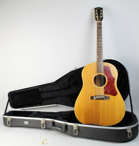 1957 Gibson J-50 Natural Finish Vintage Acoustic Flattop Guitar w/HSC