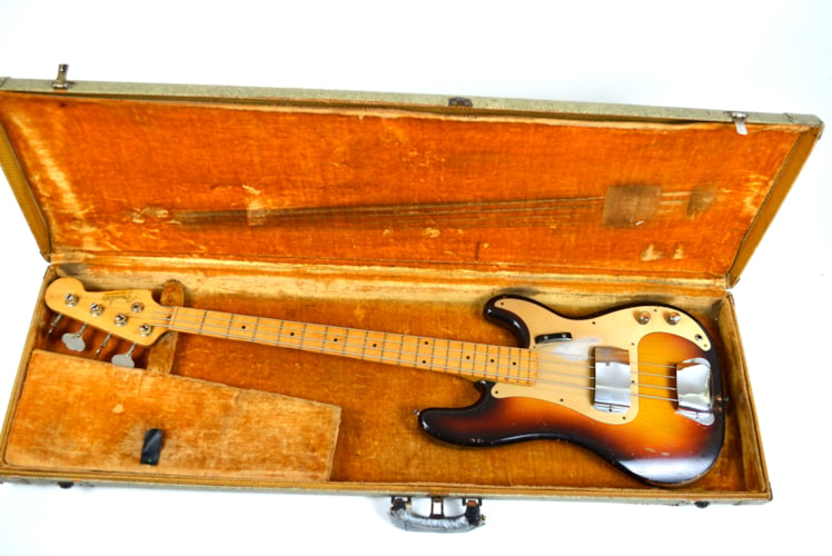 1958 Fender Precision Bass(anodized guard)