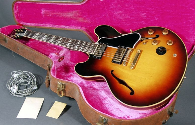 1959 Gibson ES 345 sunburst, Near Mint, Original Hard