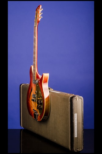 """1959 Rickenbacker 365 """"OS"""" (two pickups, with vibrato) Autumnglow (DK), Mint, Original Hard"""