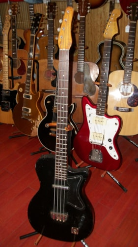 1959 SILVERTONE / DANELECTRO U-1 Bass Black, Very Good, GigBag, $595.00