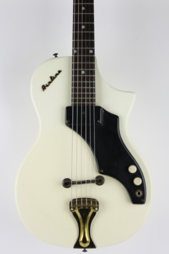 1960 Airline 7214 Amp in Case White, Very Good, Original Hard