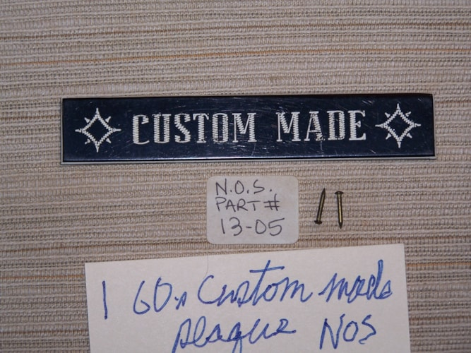 ~1960 Gibson Custom made plaque