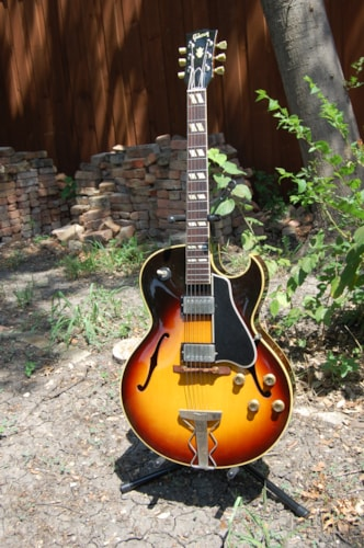1960 Gibson ES-175D sunburst, Near Mint, Original Hard