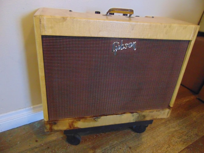 1960 Gibson GA 83 S Tweed, Very Good, $2,000.00