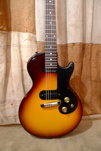 1960 Gibson Melody Maker Sunburst, Very Good, GigBag, $1,850.00