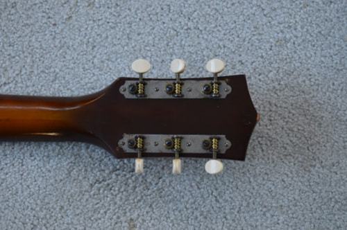 1960 Harmony Hollywood sunburst, Very Good, Soft