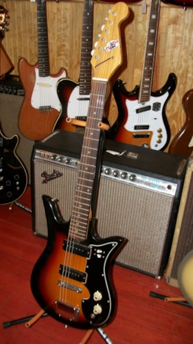 1960 Tiesco Del Rey Sunburst , Excellent, Soft, $249.00