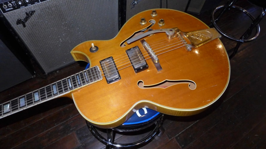 1961 Gibson Byrdland Blonde/Natural, Very Good, Hard, $8,000.00