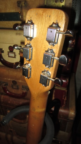 1961 Supro Thunderstick Gold, Very Good