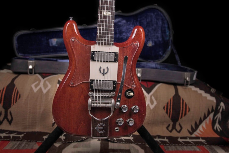 1962 Epiphone Crestwood Cherry, Excellent, Original Hard