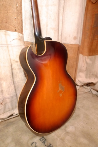 1962 Gibson ES-175D Sunburst, Very Good, Hard