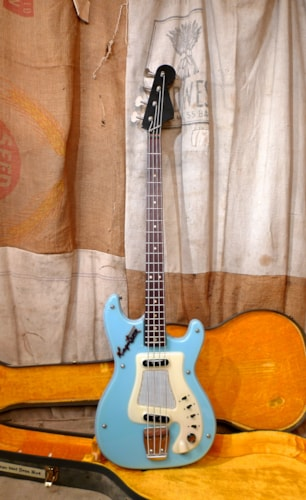 ~1962 Hagstrom I Kent Powder Blue