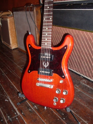 1963 Epiphone Wilshire Red > Guitars Electric Solid Body