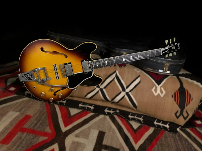 1963 Gibson ES-335  Sunburst, Excellent, Original Hard