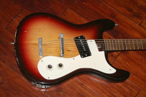 1963 Mosrite Early single pickup model Sunburst, Very Good, Original Hard